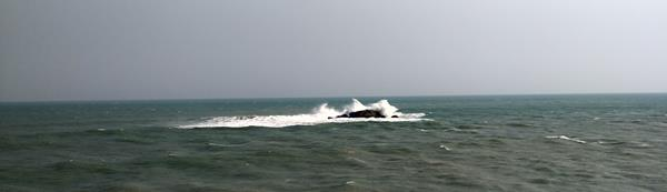 Strong Sea Winds At Vivekananda Memorial Kanyakumari